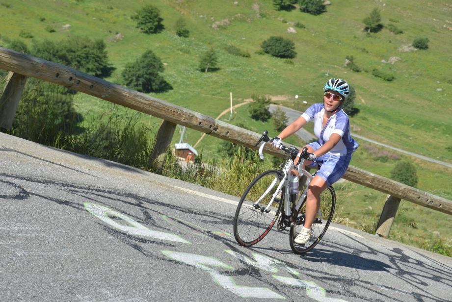 Charlotte Digne a grimpé tous les cols des Alpes-Maritimes.