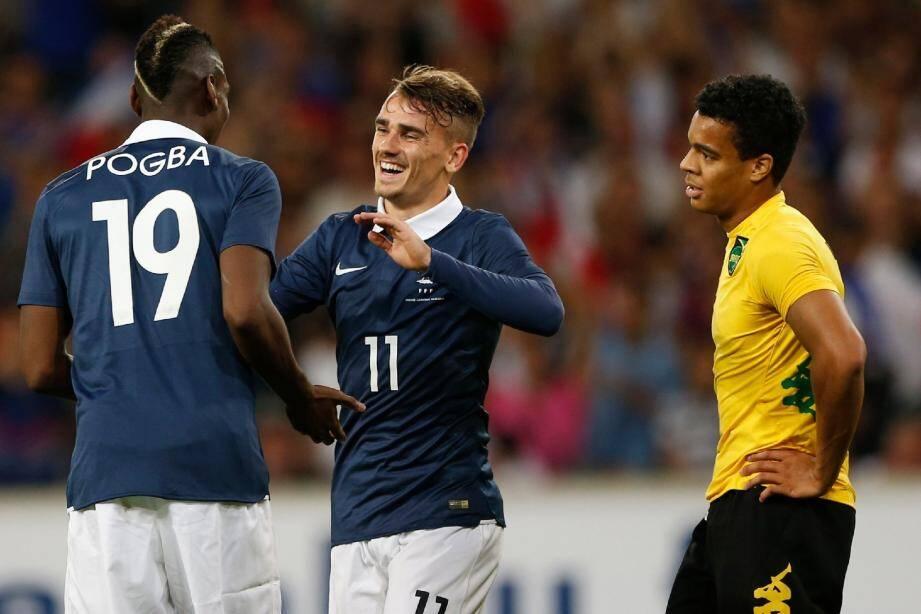 Sans forcer, la France a offert un véritable festival. Entré en jeu, Antoine Griezmann signe un doublé.
