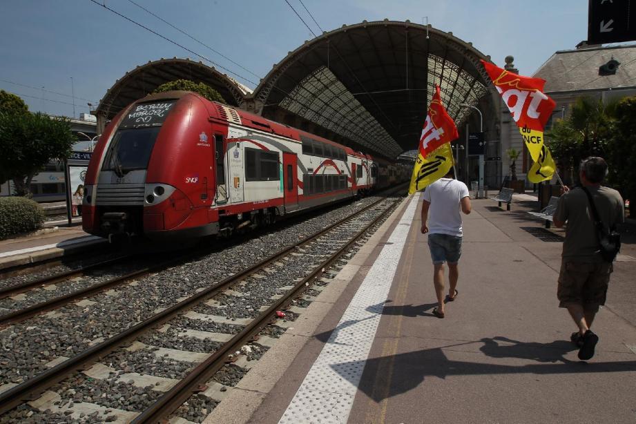 Les cheminots azuréens ont voté la poursuite du mouvement de grève hier matin.
