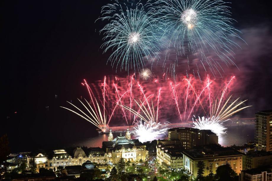 Cette année, le 49e concours international de feux d'artifice pyromélodique sera une édition best-of avec les gagnants des années précédentes.