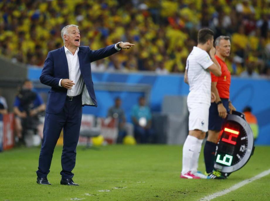 Didier Deschamps le sélectionneur des Bleus pendant France-Equateur