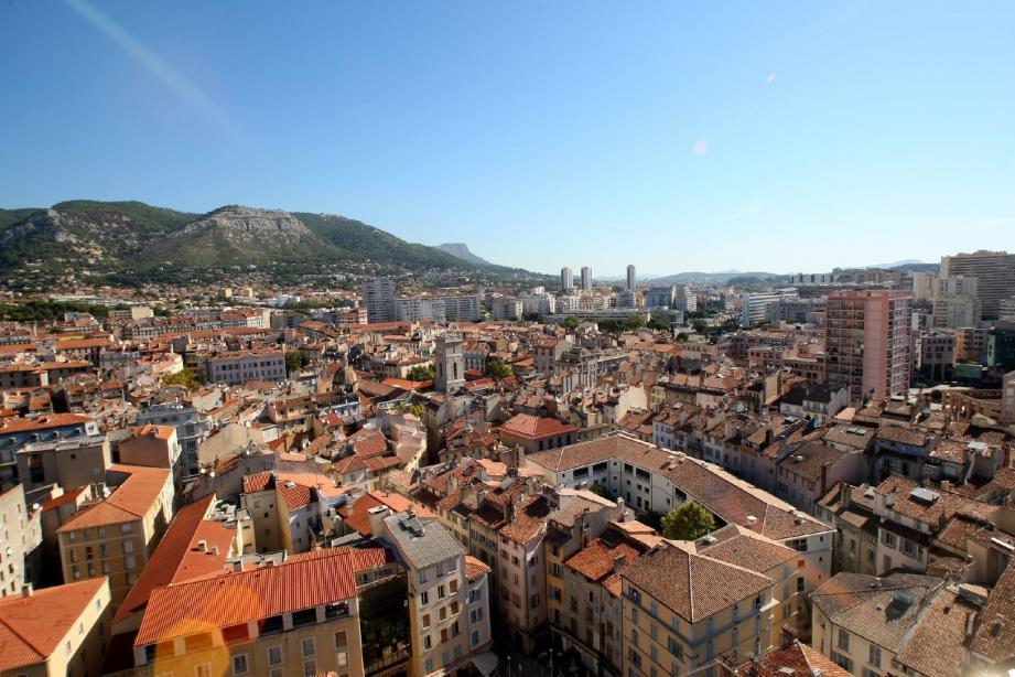 La zone franche de Toulon est l'une des rares ZFU de France concernant un centre-ville.