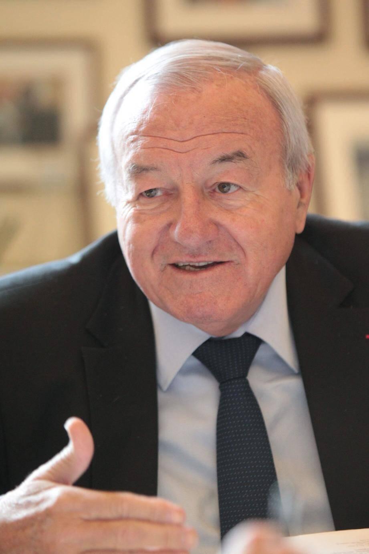 L'ancien maire de Cannes Bernard Brochand.