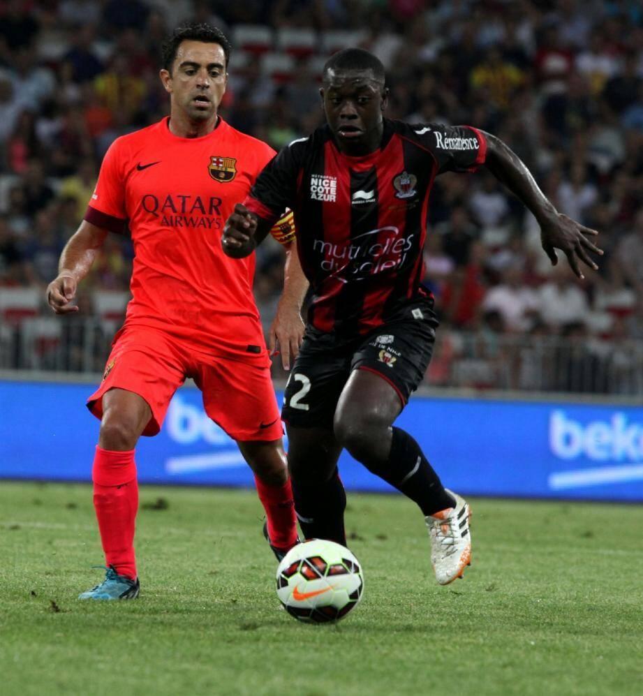 Après le match de gala contre le Barça de Xavi (1-1), Papy Mendy et les Aiglons retrouvent la Ligue 1.