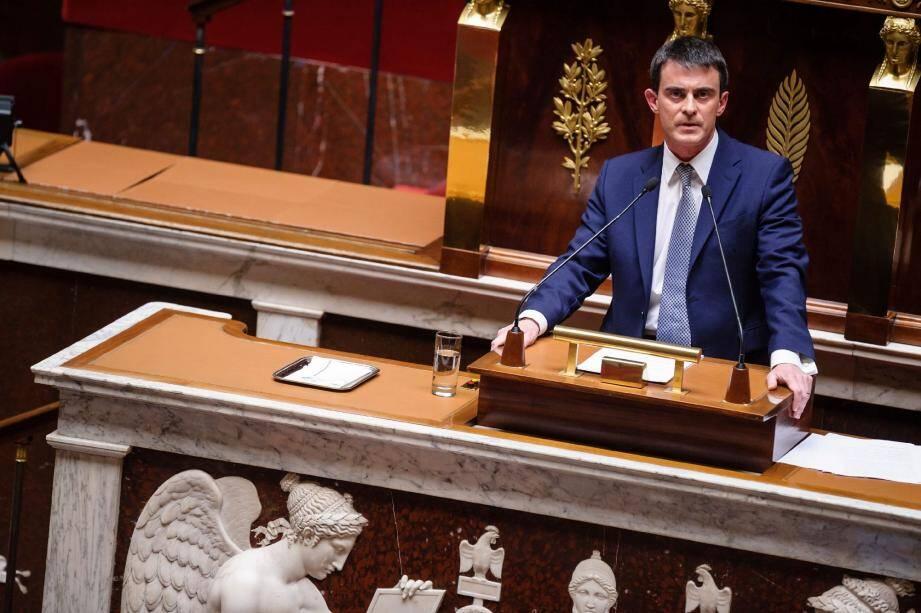 """Interrogé sur France 2, Manuel Valls a souhaité que les députés votent """"en septembre ou en octobre"""" pour soutenir son nouveau gouvernement."""