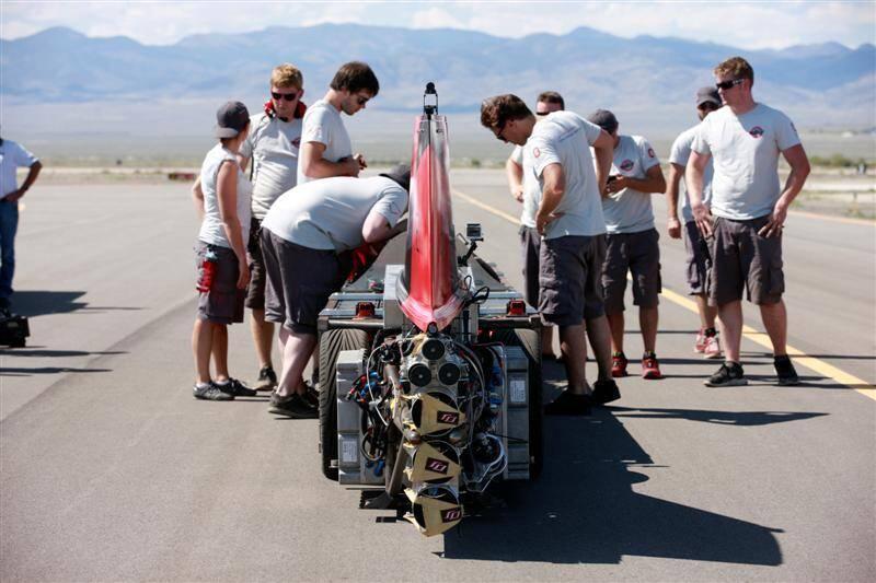 La société monégasque Venturi devait tenter de battre son propre record du monde de vitesse en véhicule électrique sur le Lac salé de Bonneville, aux Etats-Unis. Sauf qu'un orage vient de le rendre impraticable...