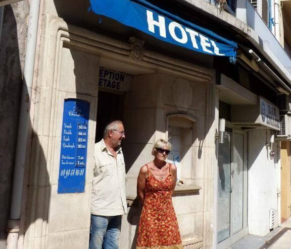 Hotel cogolin champignon merule humidite insalubrite 140824