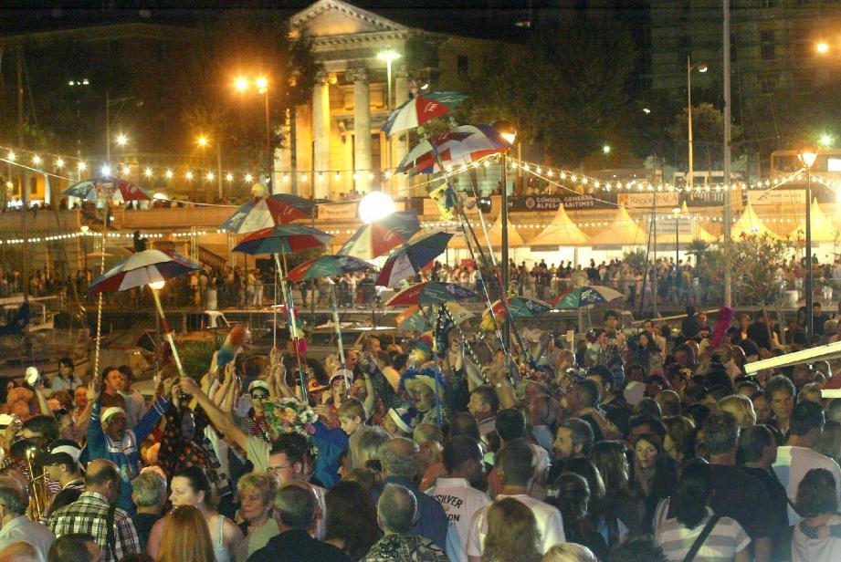 L'an dernier, pour les 10 ans du « Festin », plus de 40 000 personnes s'étaient rassemblées sur les quais.