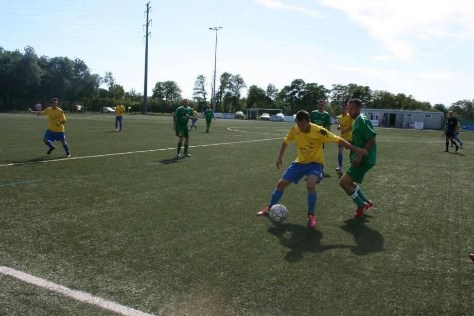 L'association du Football club grimaudois va obtenir un coup de pouce de la Ville après avoir été victime d'une arnaque financière.