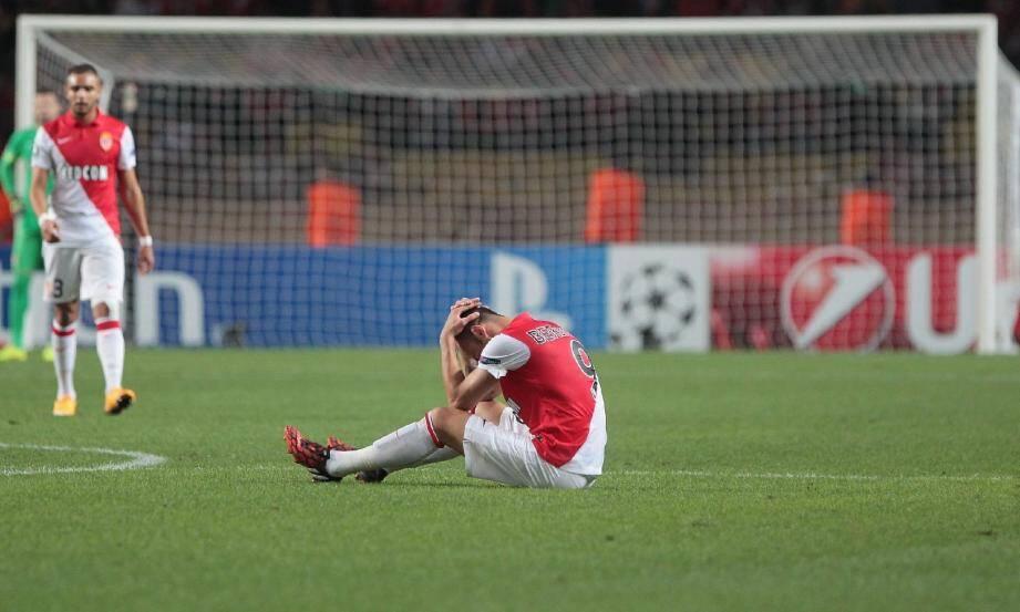 Dimitar Berbatov, blessé aux adducteurs. La tuile.