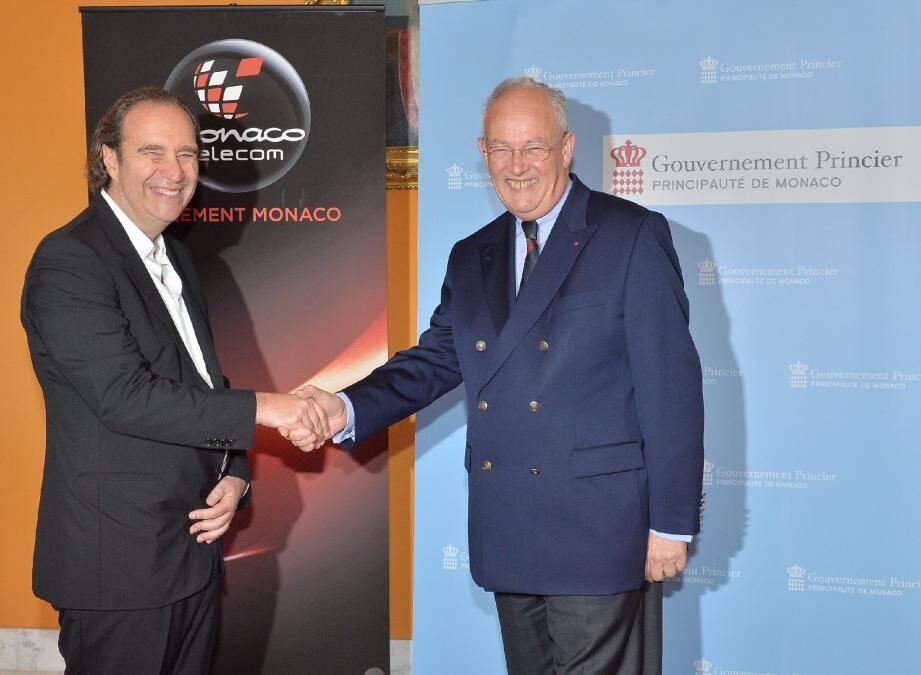 Le 16 mai dernier, Xavier Niel signait avec le gouvernement l'accord du pacte d'actionnaires de Monaco Telecom.