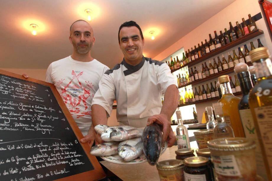 Le patron, Sébastien Perinetti, et le chef, Elmahdi Mobarik, se sont rencontrés il y a une dizaine d'années à « L'Â ne rouge ».
