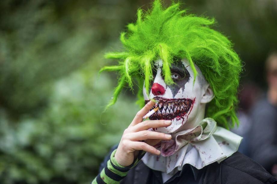 Il a suffi que court le bruit que des clowns agressifs circulent en ville pour que des Brignolais partent en chasse.