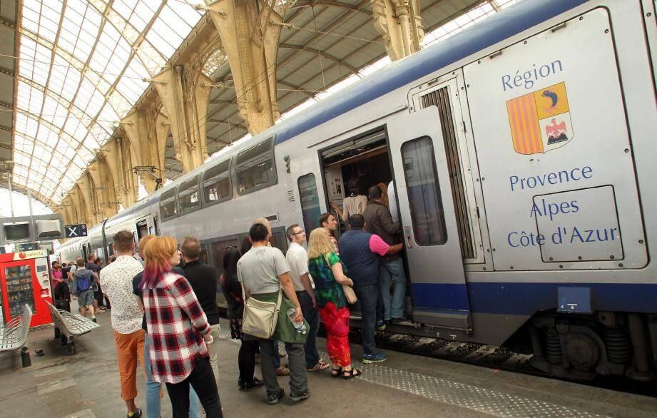 Les usagers des TER malmenés - 27185821.jpg