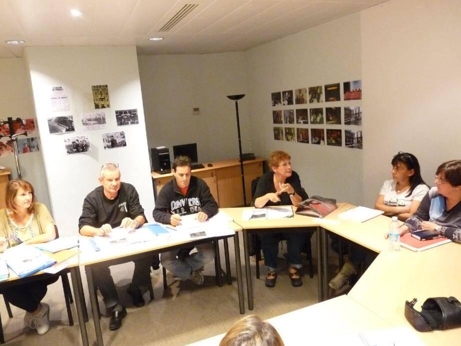 Les délégués du personnel et délégués syndicaux de Mecaplast Production étaient réunis, hier, dans les locaux de l'USM.