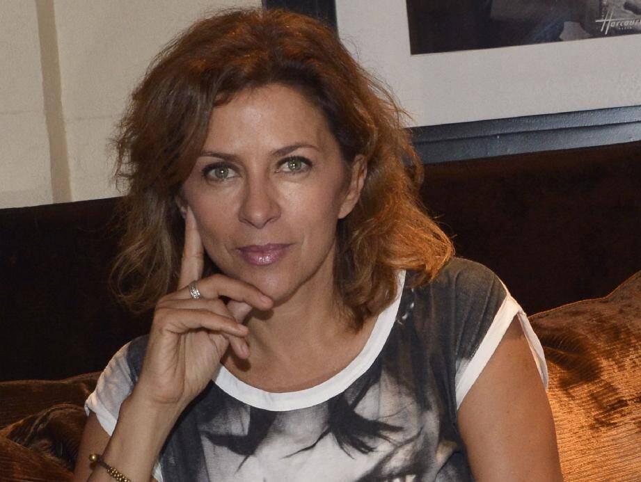 Corinne Touzet au Majestic : après avoir passé « l'épreuve du feu lors du Festival d'Avignon » , elle joue Antonietta à Cannes, dans l'adaptation théâtrale d'Une journée particulière . La soirée le sera forcément aussi…
