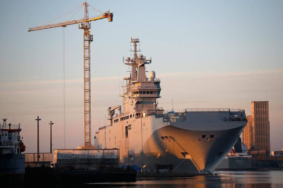 """Le BPC de classe Mistral """"Vladivostok"""" à Saint-Nazaire."""