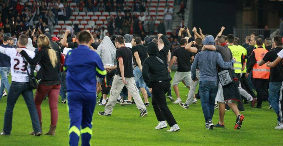 incidents ogc nice sc bastia envahissement terrain allianz riviera 141019