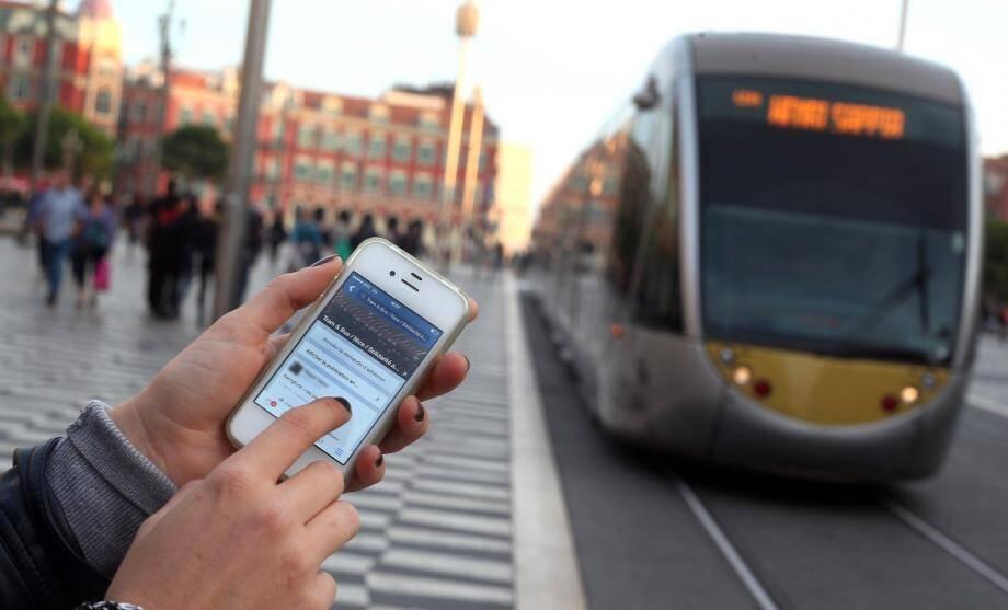 tramway fraudeurs page facebook sans ticket 141102