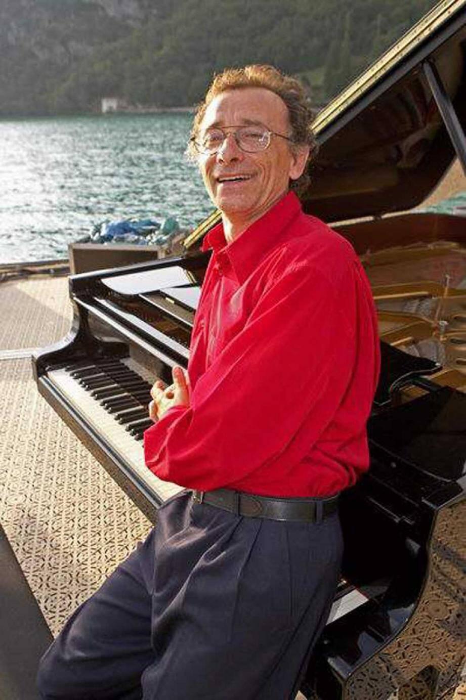 Le pianiste François-René Duchâble jouera au profit de l'association « Soupe de Nuit ».