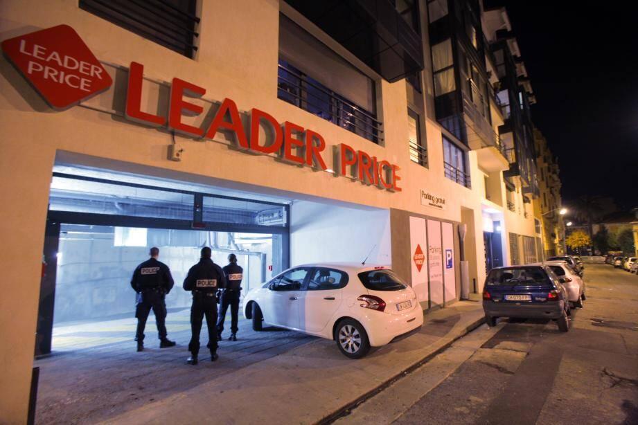 C'est dans le parking souterrain du Leader Price qu'a été découvert le corps inanimé d'un enfant de 10 ans.