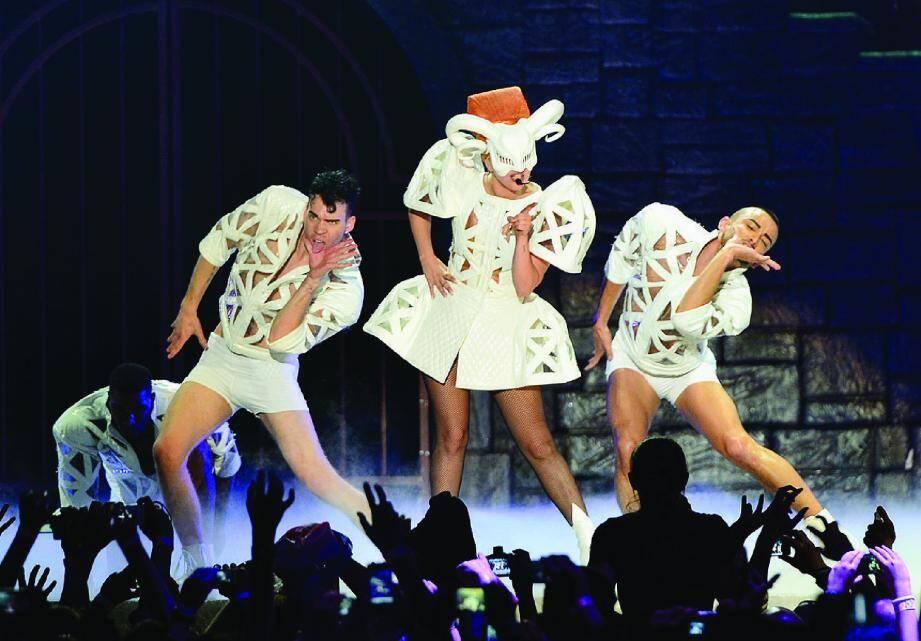 Lady Gaga lors de son concert au Palais Nikaia à Nice en octobre 2012
