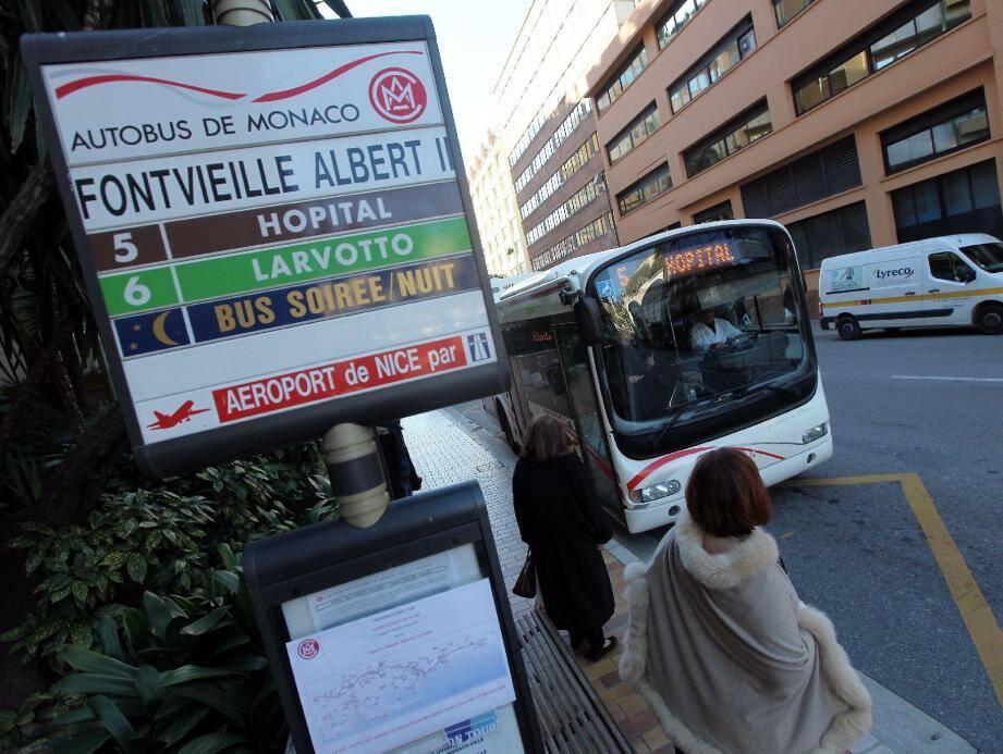 La ligne 5 relativement peu exploitée ne passera plus par la rue Plati, fermée pour travaux, et tirera son trajet jusqu'au Larvotto. La ligne 4, quant à elle ira jusqu'à Fontvieille.