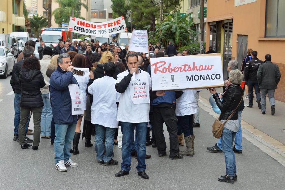 Un cortège de salariés de Robertshaw (ex-Invensys) défilait hier, entre 13 et 15 heures, à Fontvieille, pour dénoncer le plan de licenciements qui va toucher quelque 84 personnes.