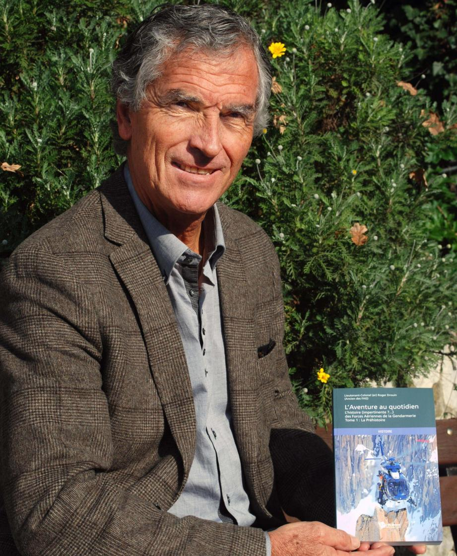 Roger Drouin : « De 1975 à 1988, ça m'a fait bourlinguer dans le monde. »