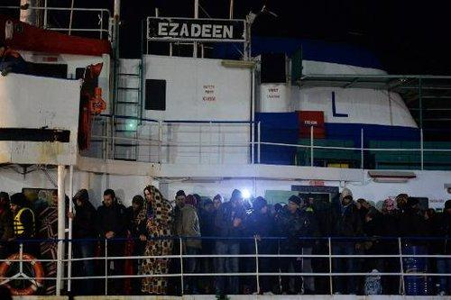 ezadeen cargo migrants syriens italie corrigliano 150103