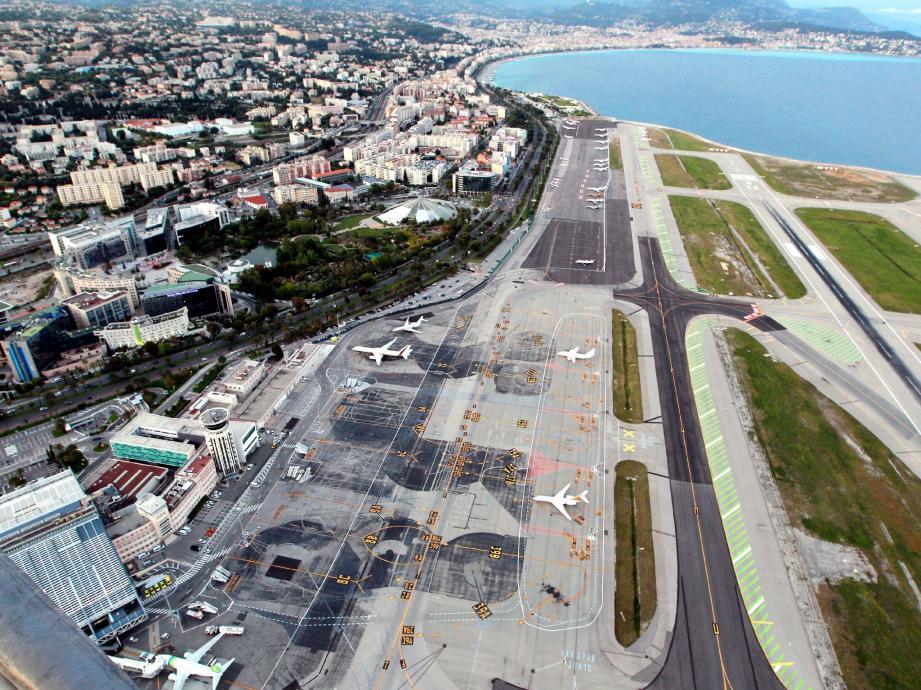 La consultation symbolique des Niçois sur la privatisation de l'aéroport de Nice Côte d'Azur a réuni 36.192 votants. Soit un taux de participation de 16,71%.