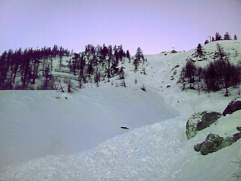 lead avalanche (JP F) - 27845978.jpg