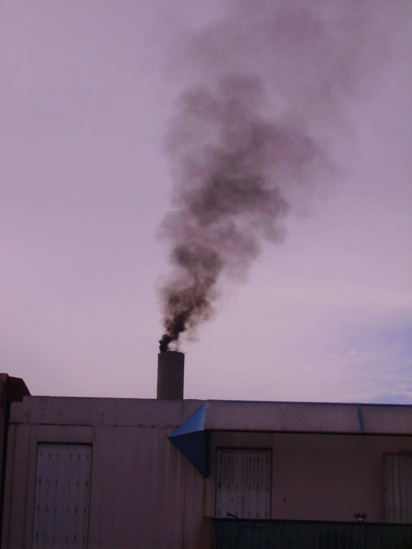 L'un des rejets de carbone photographié hier après-midi.