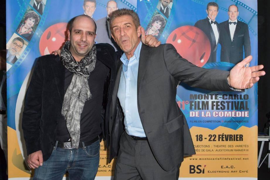 L'an passé, c'est l'acteur et réalisateur italien Checco Zalone, qui avait remporté le prix de la meilleure comédie, félicité ici par le président, Ezio Greggio.