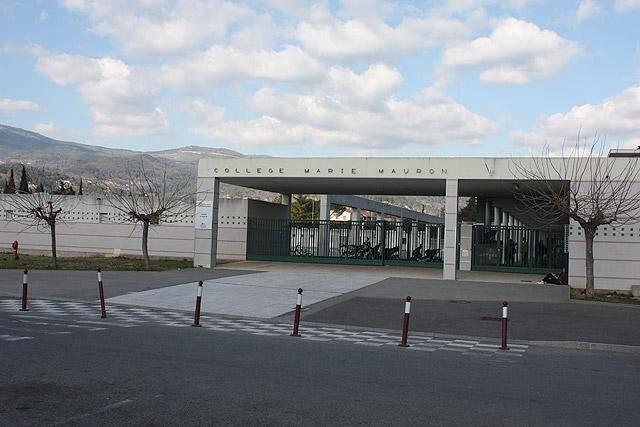 Une vue générale du collège de Fayence.