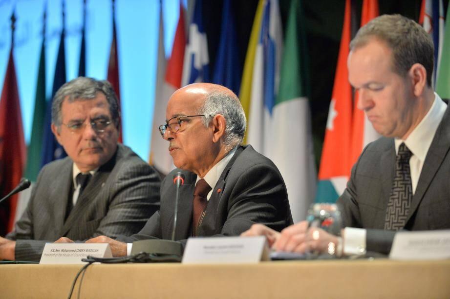 C'est le Marocain Mohammed Cheikh Biadillah (au centre) qui a été élu nouveau président de l'APM.