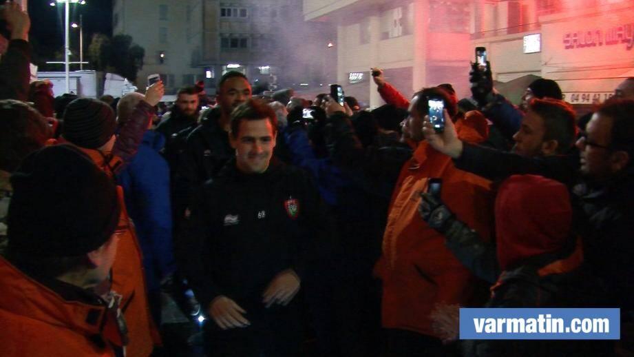 VIDEO. RCT-Sharks: l'arrivée des  Toulonnais à Mayol