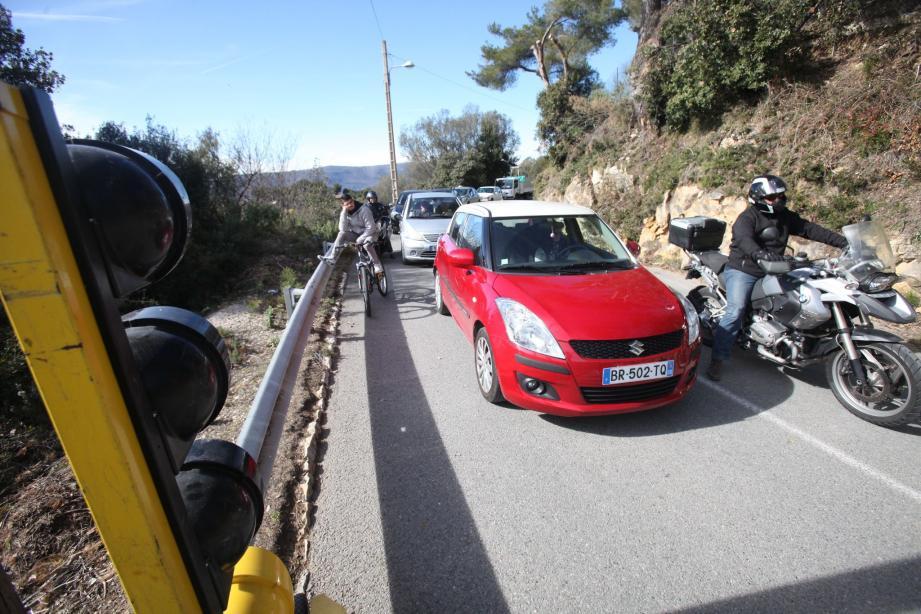 Hier, vers 14 h, la route a été rouverte pour le plus grand plaisir des automobilistes.