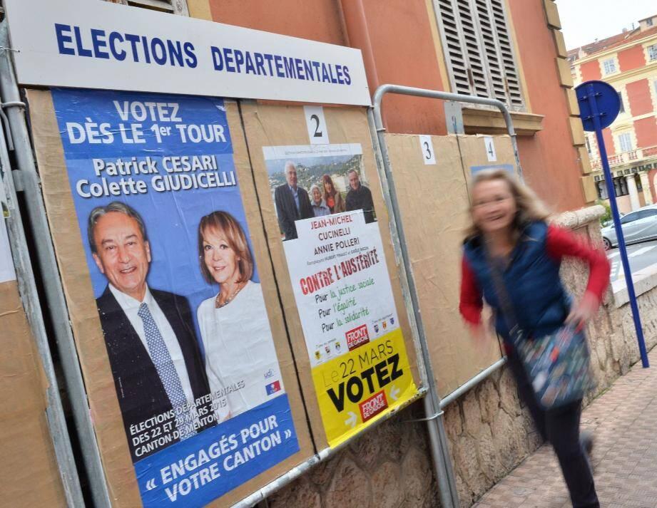 Même les messages sur les panneaux de campagne n'y font rien. Les élections départementales n'intéressent que très peu.