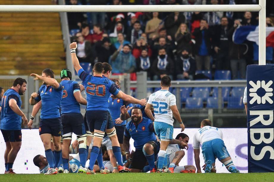 Tournoi des 6 Nations: le XV de France s'impose 29 à 0 en Italie