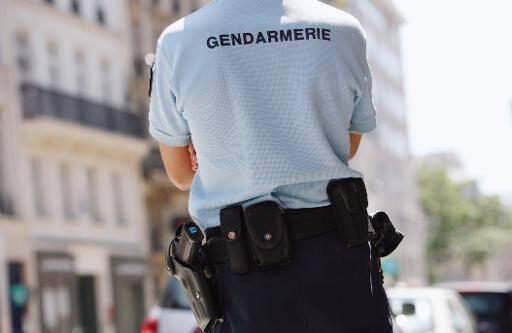 illustration gendarme