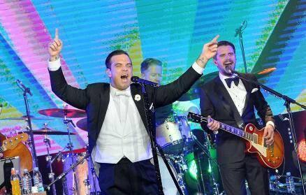 Le chanteur britannique donnera un beau concert.