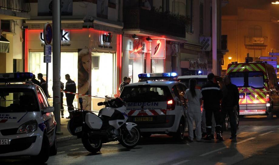 Vendredi matin, au deuxième jour du procès des quatre braqueurs de la bijouterie Unik à Cannes-La Bocca, la cour d'assises des Alpes-Maritimes visionne les enregistrements des caméras de vidéo-surveillance.