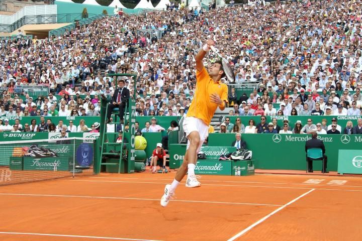 Djokovic s'impose face à Nadal en demi finale à Monaco.