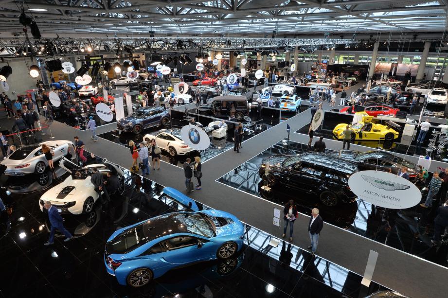 Près de 60 supercars présentées dans l'espace Ravel.