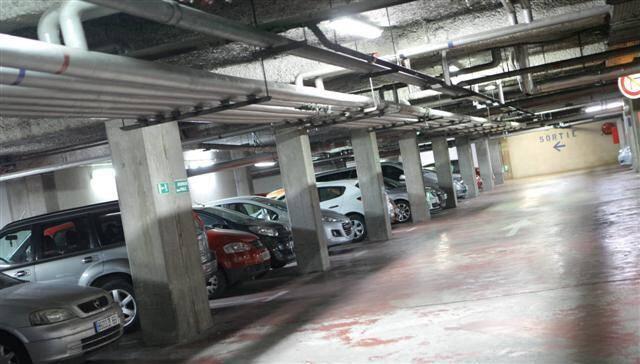 Les parkings de la Victoire et des Marronniers ont besoin d'être mis aux normes.