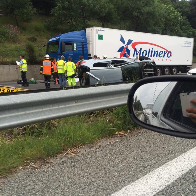 Gros bouchon sur l'A8 après l'accident mortel au niveau d'Antibes (sens Aix-Italie)