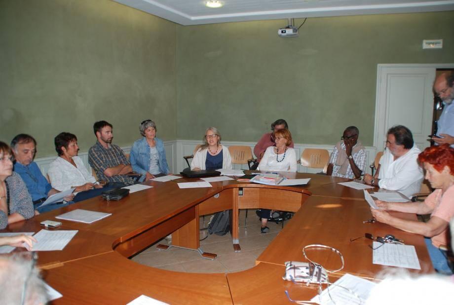 L'analyse des actions menées au bénéfice du développement durable du village a été suivie avec attention.