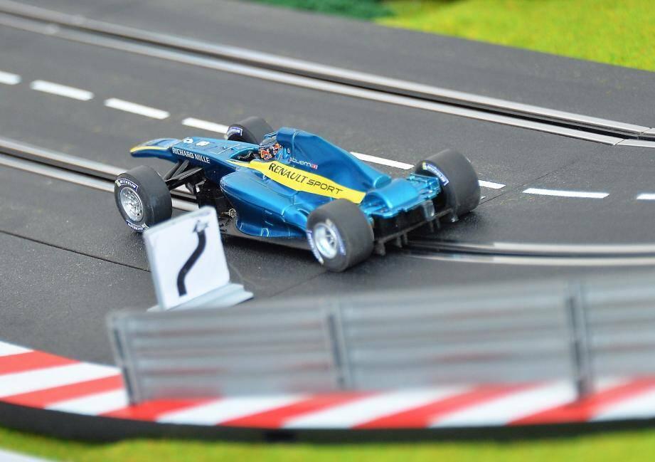 """Formule E: ambiance électrique pour le 1er """"ePrix"""" de Monaco 150508"""