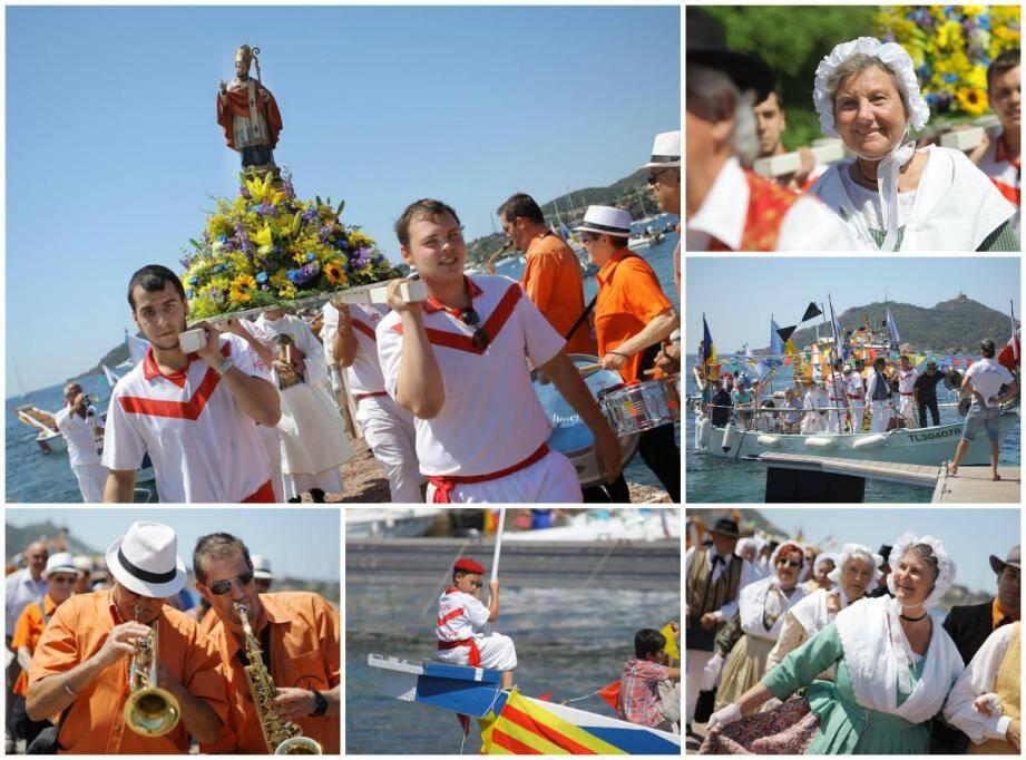 Les jouteurs d' Agay Nautique ont porté la statue de saint-Honorat, accompagnés par les membres de la Rafelenco en costumes provençaux, les musiciens et la Penna Los Pescalunaïres.